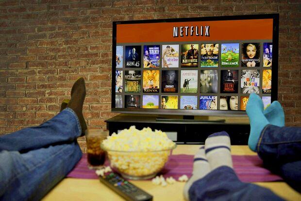 Senado aprova projeto que cobra ISS de serviços como Netflix e Spotify