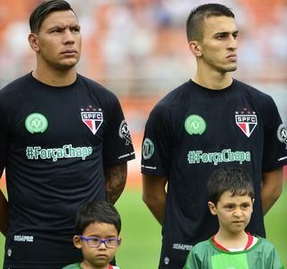 Renda de leilão de camisas do Tricolor vai para famílias de vítimas de acidente