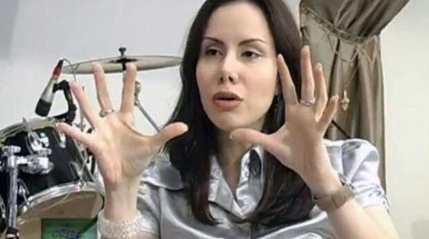 Sarah Sheeva diz que seu corpo não é aeroporto de demônios e reafirma castidade