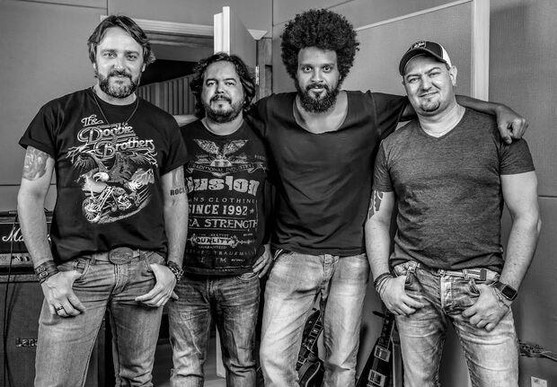 Veteranos do rock de MS lançam a banda SuperÁcida