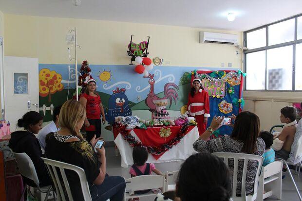 Hospital realiza confraternização de Natal para pacientes da pediatria
