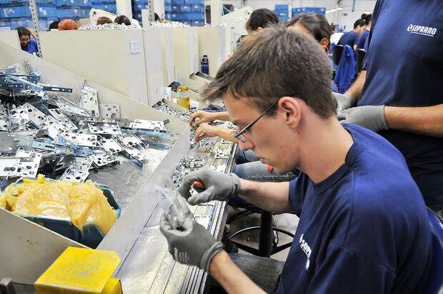 Produção industrial de MS retoma crescimento em novembro
