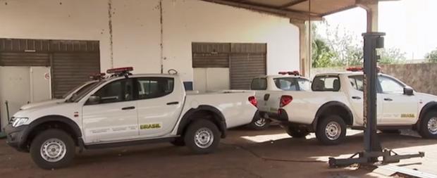 Sete viaturas da polícia ficam paradas, pois Governo comprou veículos clonados