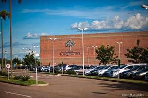 Shopping oferece oportunidade de emprego em 20 áreas de atuação