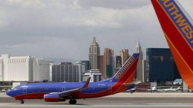 Companhia aérea pede desculpas após funcionária zoar nome de cliente criança