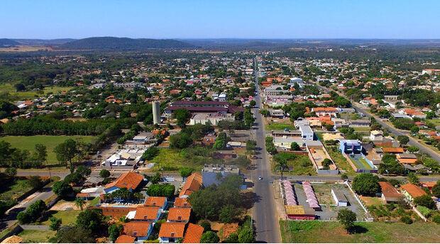 Governador faz entregas de R$ 36 milhões em obras da MS-178 e habitação em Bonito