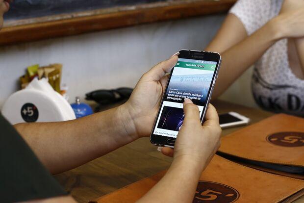 Brasileiros pagam imposto mais caro do mundo para usar a internet