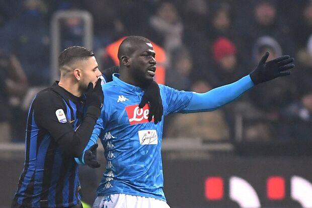 Inter de Milão é punida com dois jogos sem torcida após ofensas racistas a Koulibaly