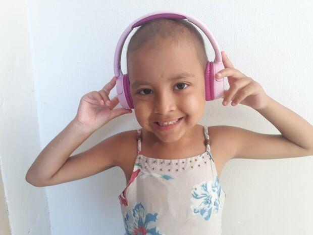Aos 5 anos, Bianca luta pela vida e solidariedade pode aproximar cura