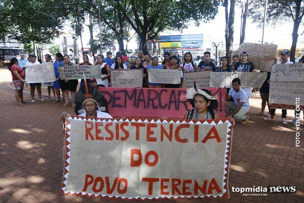 Indígenas protestam na Capital pela manutenção de direitos na gestão Bolsonaro