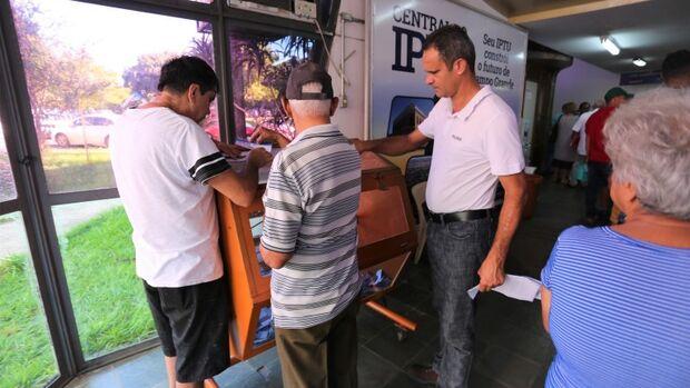 Prefeitura vai sortear três carros e três motos para contribuintes com IPTU em dia