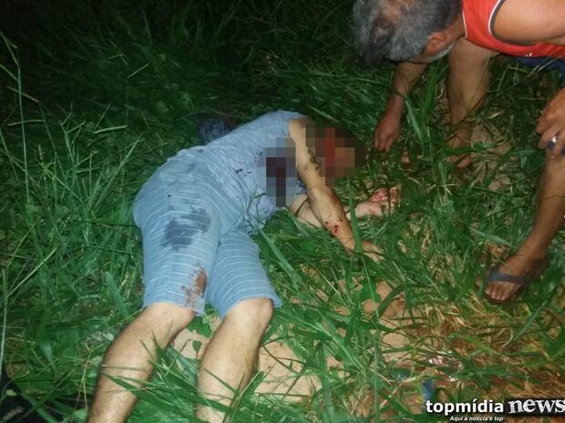 Noite de terror: dois homens são assassinados com mais de 23 tiros na fronteira