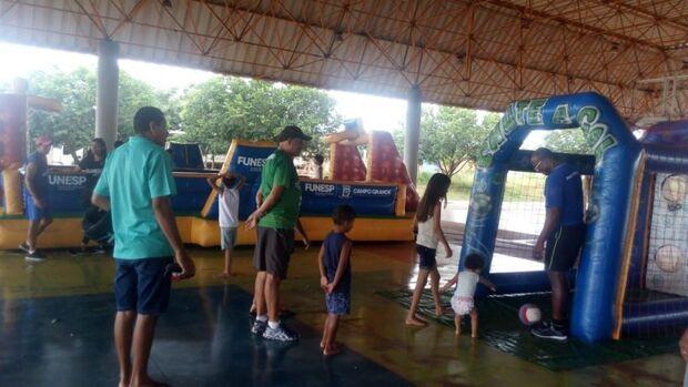 Parque Jacques da Luz recebe projeto com brincadeiras para criançada