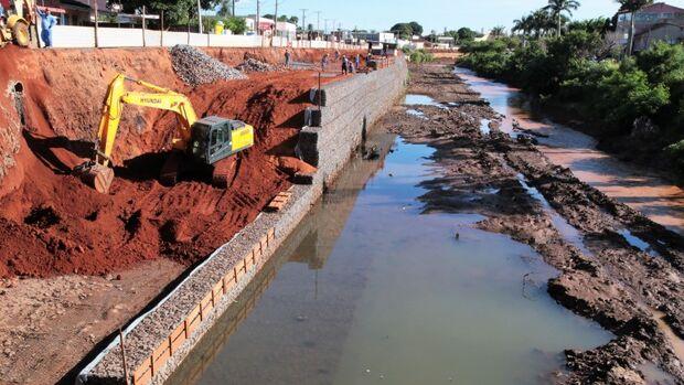 Obras interditam ponte e 1º lote do Anhanduí deve ser entregue no aniversário da Capital