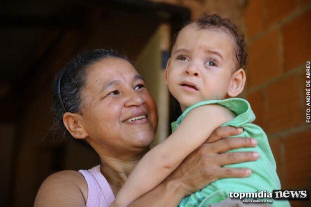 VÍDEO: família comemora saúde do bebê Yago e agradece após arrecadar R$ 2,5 mil em doação