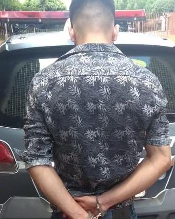 Polícia prende jovem que estuprava menina de 12 anos com consentimento da própria mãe