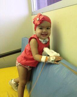 Lutando contra câncer, Sophie comoveu Campo Grande e doações ajudaram mais pessoas