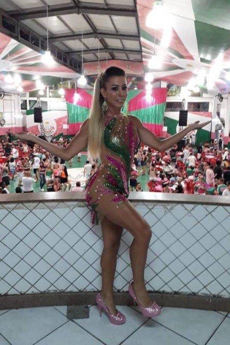 Carnaval: musa da Mangueira quebra tabu e será a primeira transexual a desfilar pela escola