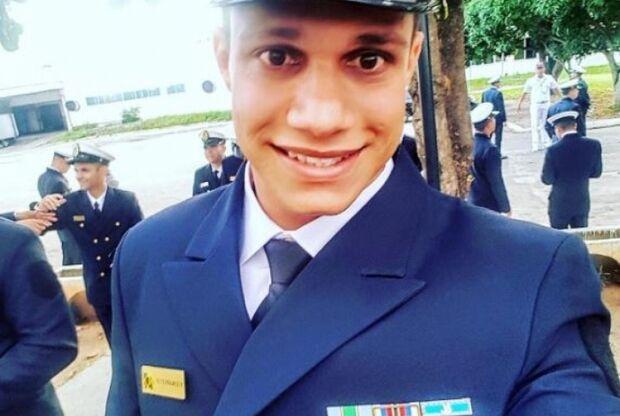 Sargento da Marinha é preso em flagrante por vender ilegalmente remédios abortivos