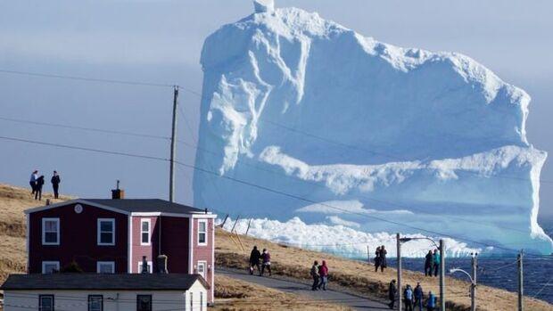 Destilaria de vodca aciona polícia após sumiço de 30 mil litros de água de iceberg