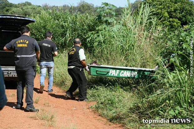Morador encontra cadáver de mulher em terreno baldio e aciona polícia na Capital