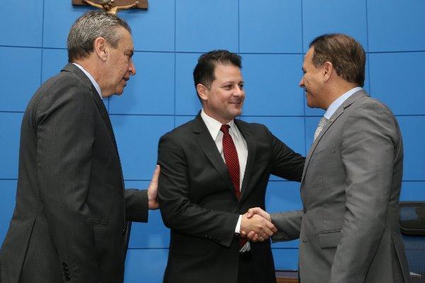 Renato Câmara e Coronel David assumem Corregedoria da ALMS