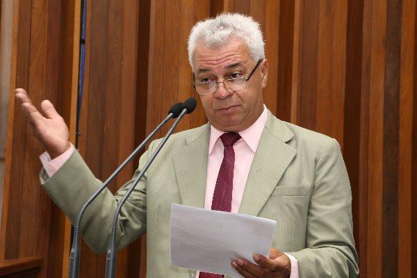 Cabo Almi diz que decisão de adiar cota zero para pesca foi responsável