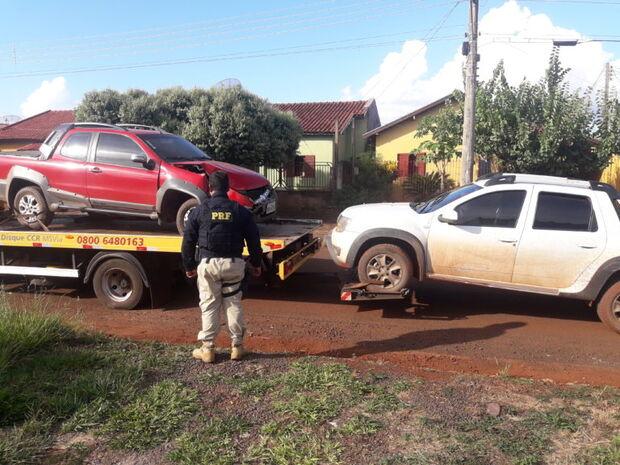 'Busca implacável': PRF recupera dois veículos roubados após perseguição em rodovia