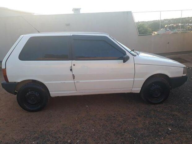 Descaso: sem segurança, família tem carro furtado no estacionamento do Hospital Regional