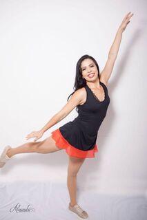 Professora se comove com reportagem e promove aulão de dança para ajudar músico