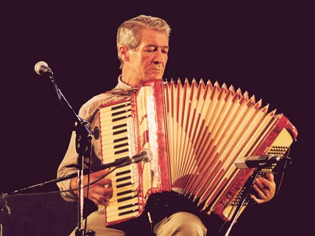 Morre aos 68 anos Dino Rocha, expoente da música sul-mato-grossense