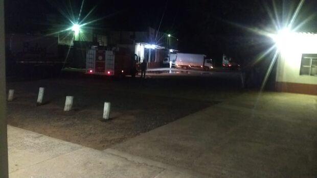 Funcionários são socorridos após vazamento de amônia em frigorífico
