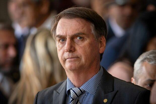 Bolsonaro se sente mal e usa sonda para alimentação
