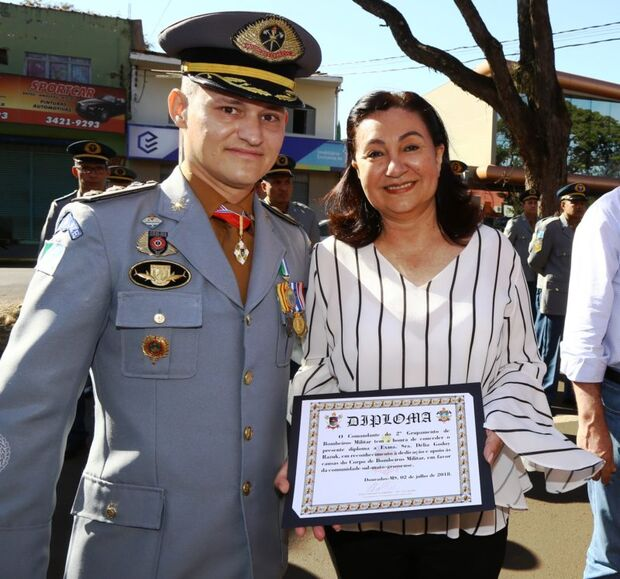 Sejusp investiga tenente-coronel que usou viatura e presos em reforma da própria casa