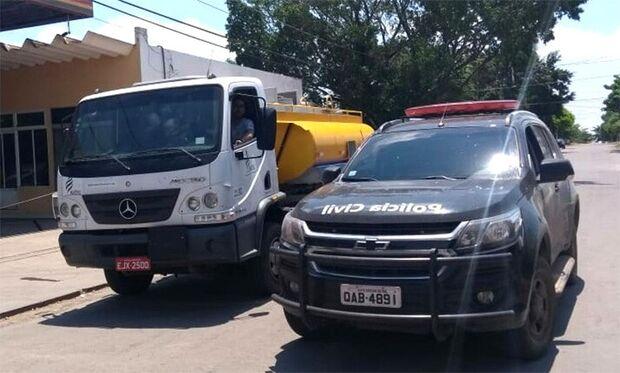 'Prejuízo': cocaína apreendida em caminhão-tanque vale R$ 15 milhões, diz PM