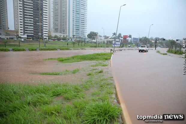 Seis bairros da Capital ficam sem energia durante a chuva; VEJA QUAIS