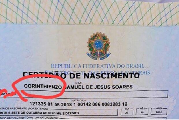 Pai corintiano registra filho com o nome de Corinthienzo e viraliza