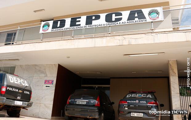 Treinador de vôlei é preso após abusar de adolescente dormindo em Campo Grande