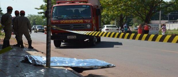 Após varrer calçada de casa, homem é atropelado e morre em MS