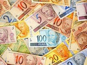 Justiça define honorários em R$ 600 e advogado dativo vai ao STF