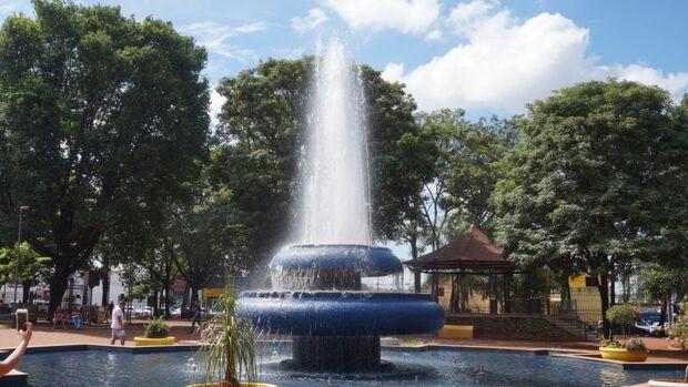 Praça Ary Coelho está fechada para manutenção nesta segunda-feira