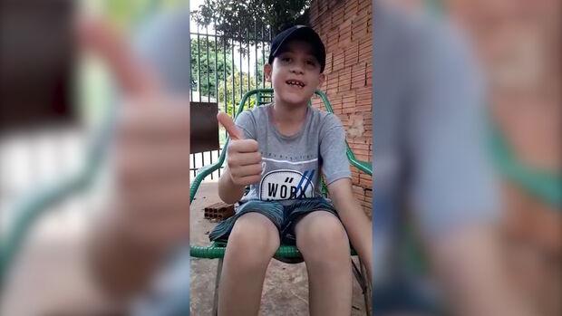 VÍDEO: em torneio de futsal feminino do Batistão, troféu será recuperação de menino com leucemia