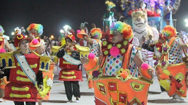 Desfile das escolas de samba de Campo Grande será nos dias 4 e 5 de março na Praça do Papa