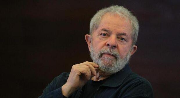 Lula escreve em intimação do sítio que é inocente e irá recorrer