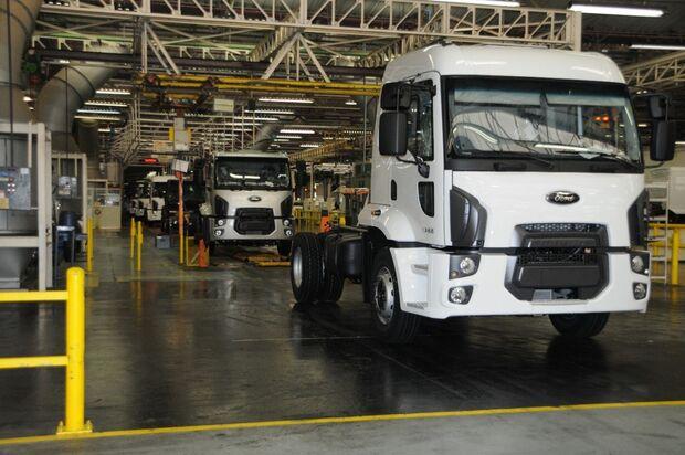 Ford anuncia fechamento de fábrica de São Bernardo e saída do mercado de caminhões da América do Sul