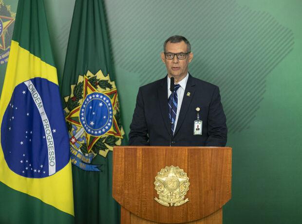 'É real oficial': Bolsonaro demite ministro Bebianno: 'desejo sucesso na caminhada'