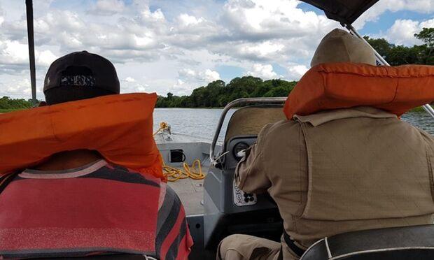 Bombeiros socorrem jovem que passava mal há cinco dias na região do rio Taquari