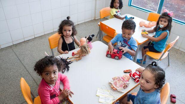 Prefeitura convoca aprovados no processo seletivo para Assistente de Educação Infantil