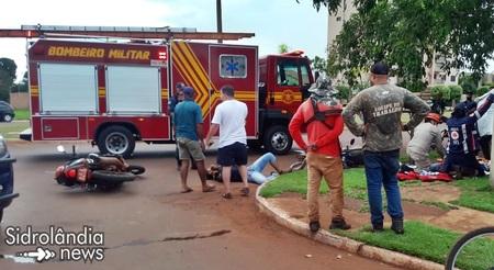 Grave acidente entre duas motocicletas termina com jovem morto