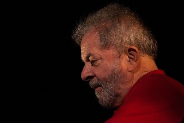 TRF-4 poderá mandar Lula para penitenciária comum